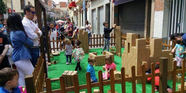 Construir con ladrillos de cartón
